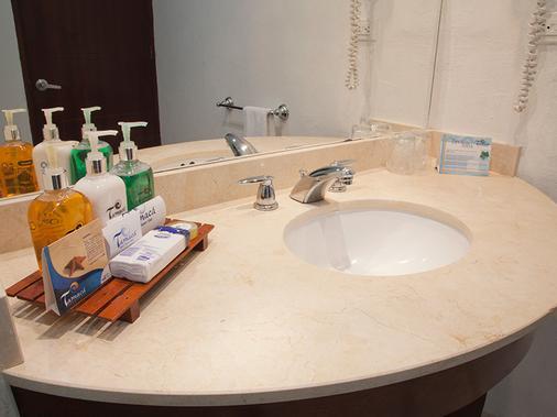 Hotel Tamacá Beach Resort - Santa Marta - Phòng tắm