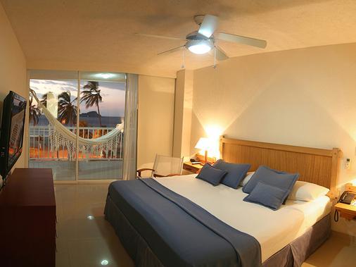 打馬卡塞爾科蒂爾海灘渡假酒店 - 聖瑪爾塔 - 聖瑪爾塔 - 臥室