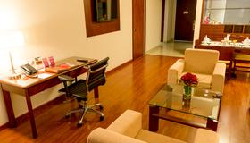 Tequendama Suites and Hotel - Bogota - Vardagsrum
