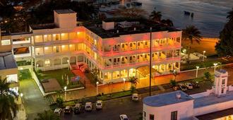 Tequendama Inn Estacion Buenaventura by Sercotel - Buenaventura
