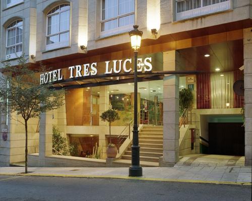 Hotel Sercotel Tres Luces - Vigo - Rakennus