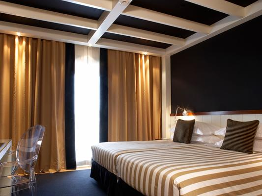 U232 Hotel - Βαρκελώνη - Κρεβατοκάμαρα