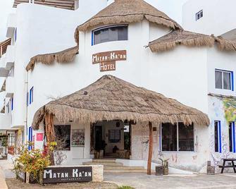 Kalma Matan Ka'an - Majahual - Building