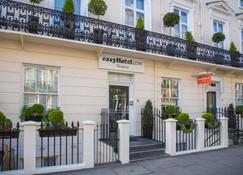 easyHotel London Victoria - London - Building