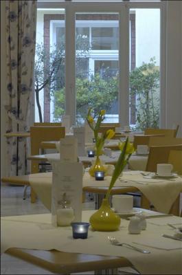 阿斯特和公寓 - 科隆 - 科隆 - 餐廳