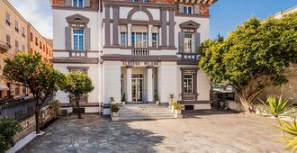 Hotel Milano - San Remo - Building
