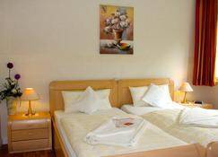Hotel Pension Fortuna - Bad Bevensen - Habitación