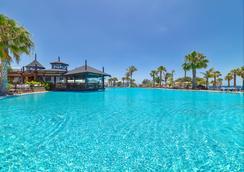 魯比肯宮 H10 酒店 - 雅伊薩 - 普拉亞布蘭卡 - 游泳池
