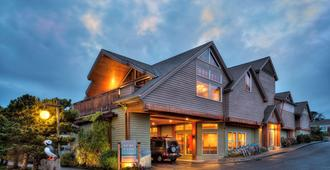 Surfsand Resort - Cannon Beach - Building