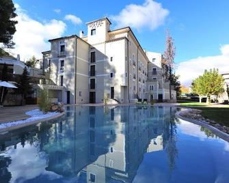 Hotel Balneario Alhama de Aragon - Alhama de Aragón - Edificio