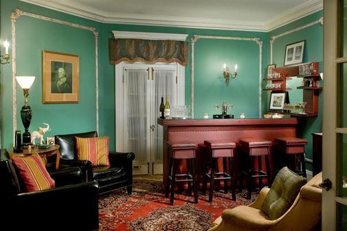 Hampton Terrace Inn - Lenox - Bar