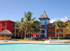 Tropical Princess Beach Resort & Spa - Punta Cana - Edificio