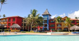 Tropical Princess Beach Resort & Spa - Punta Cana - Building