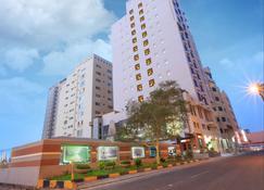 Grand Safir Hotel - Manama - Edifício