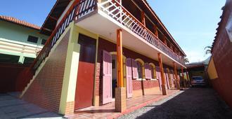Pousada Gaivotas de Maranduba - Ubatuba - Edificio