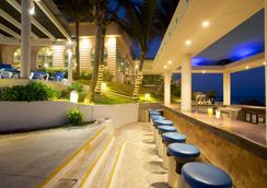 Golden Parnassus Resort & Spa - Cancún - Bar