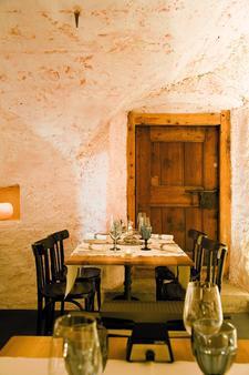 Hotel Saratz Pontresina - Pontresina - Dining room