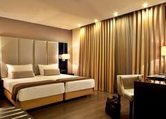 Turim Av. Liberdade Hotel - Lisboa - Kamar Tidur