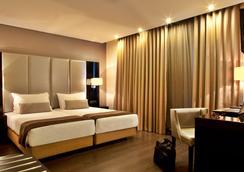 Turim Av. Liberdade Hotel - Lisbon - Bedroom