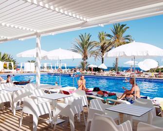 Hotel Palia Maria Eugenia - Calas de Mallorca - Balcón