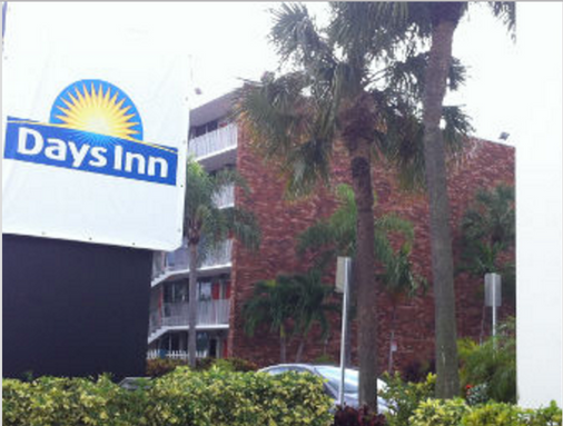 Days Inn by Wyndham Fort Lauderdale Airport Cruise Port - Fort Lauderdale - Toà nhà