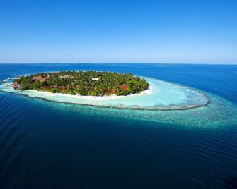 Kurumba Maldives - Vihamanaafushi - Building
