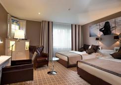 Park Hotel Hamburg Arena - Hamburg - Schlafzimmer