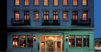 Market Pavilion Hotel - Charleston