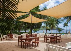 Coco Beach Hotel - Coco - Innenhof
