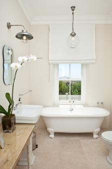 Hawksmoor House - Stellenbosch - Bathroom