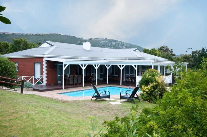 Redbourne Country Lodge- Lion Roars Hotels & Lodges - Plettenberg Bay - Κτίριο
