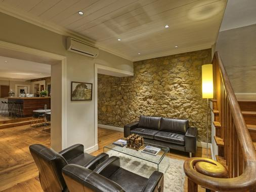 The Three Boutique Hotel - Cape Town - Living room