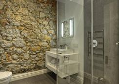 The Three Boutique Hotel - Cape Town - Bathroom