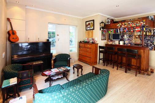 Mountain Manor Guest House - Cape Town - Bar