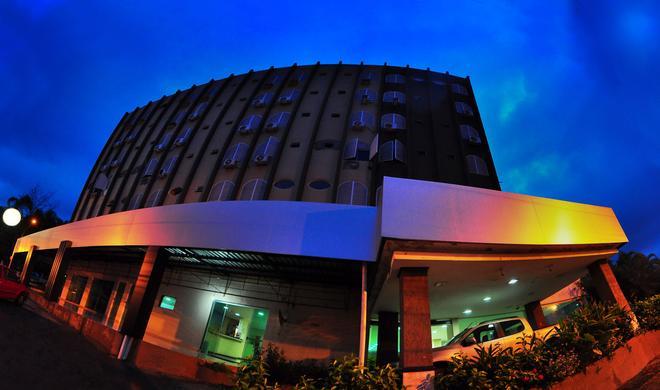 Biss Inn Hotel - Goiânia - Edificio