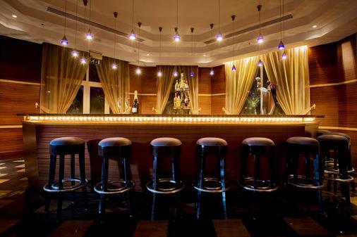 Hilton Salalah Resort - Salalah - Bar