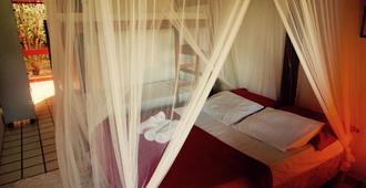 Novos Baianos Hostel e Suites - Arraial d'Ajuda - Bedroom