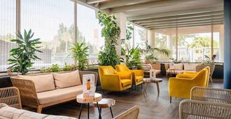 卡普利斯維爾德酒店 - 聖塔蘇珊納 - 聖蘇珊娜 - 休閒室