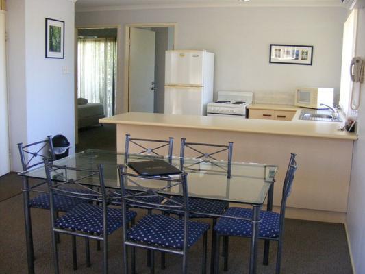 Beachside Motor Inn - Hervey Bay - Phòng ăn