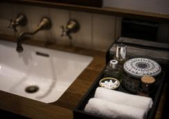 Chann Bangkok Noi - Bangkok - Bathroom