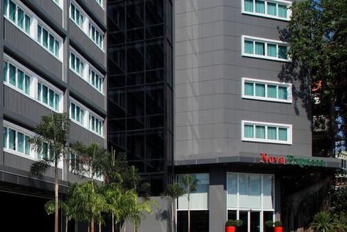 Nova Express Pattaya Hotel - Pattaya - Rakennus