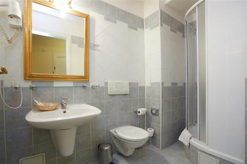 羅耶爾畫館酒店 - 布拉格 - 布拉格 - 浴室