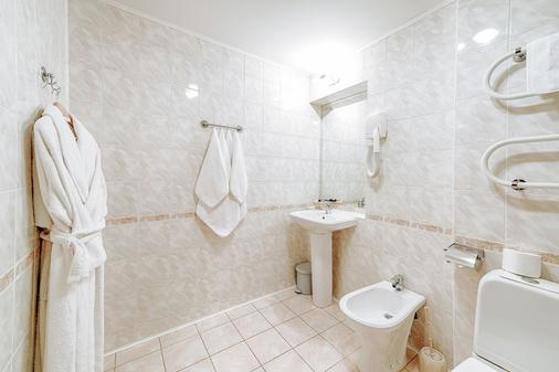 Hotel Polustrovo - Saint Petersburg - Phòng tắm