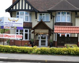 Lg Thai Derm Spa & Guesthouse - Loughborough - Gebouw