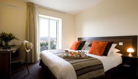 Hotel Le Relais Saint-Jacques - Saint-Jean-de-Luz - Bedroom