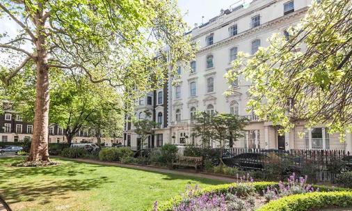 Rose Park Hotel - London - Building
