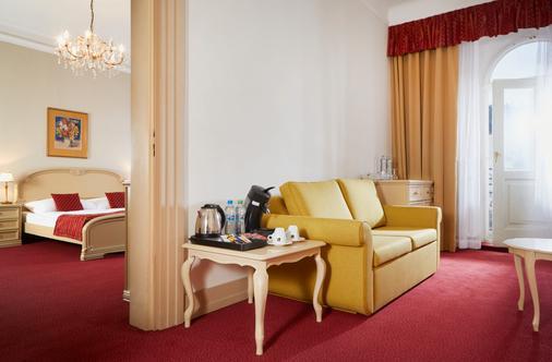 Orea Spa Hotel Palace Zvon - Mariánské Lázně - Living room