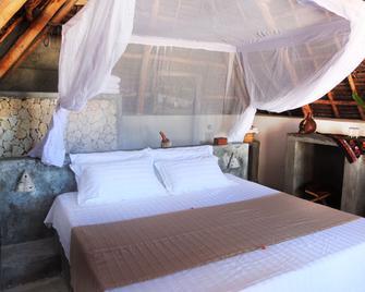 Nur Beach Hotel - Jambiani - Schlafzimmer