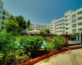 Jasmine Court Hotel & Casino - Kyrenia - Gebäude