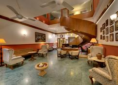 Welcomheritage Mani Mansion - Ahmedabad - Lounge